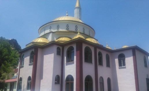 Mehmet Fatih Turan Camii ibadete açıldı