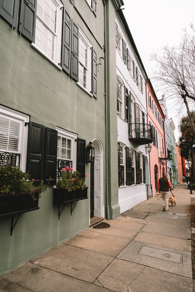 Looking for things to do in Charleston, South Carolina? From Rainbow Row and more. Check out these 11 things that you'll want to do during a trip to Charleston.