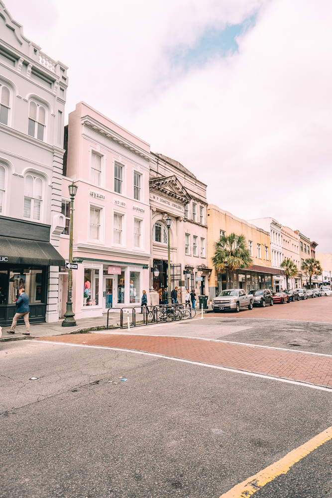 Looking for things to do in Charleston, South Carolina? From King Street and more. Check out these 11 things that you'll want to do during a trip to Charleston.