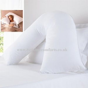 1 x Soft Luxury V Shape Pillow