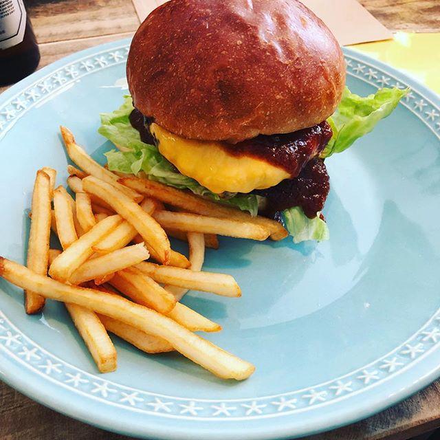 うますぎるハンバーガー burger