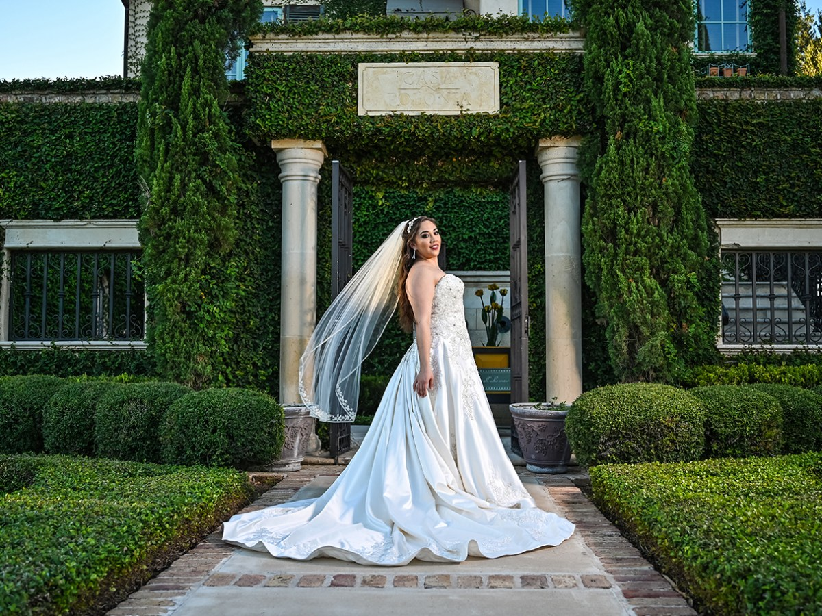 casa polonia bridal portrait