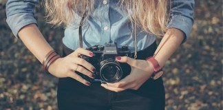 9 Great DSLR Accessories for Beginning Photographers