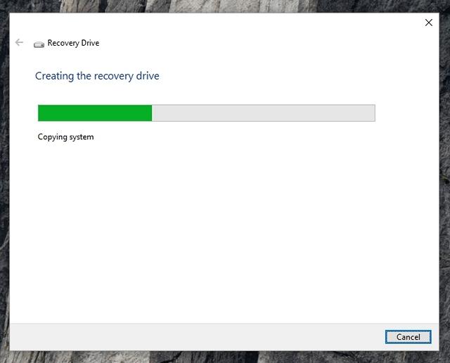 Windows 10 creando unidad de recuperación