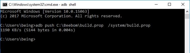 Empuje el archivo build.prop