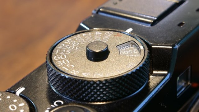Fujifilm X-Pro2 ISO and Shutter Speed Dial