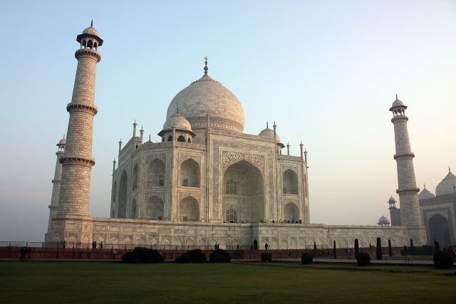 Samsung Partners With UNESCO to Launch Taj Mahal in VR; Other Sites to Follow; Rachit Agarwal; Beebom