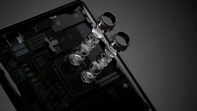 Sony Xperia XZ2 With Dual Camera