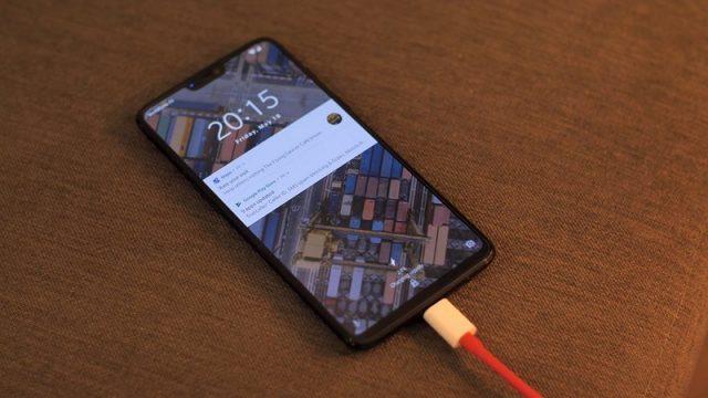 charging OnePlus 6