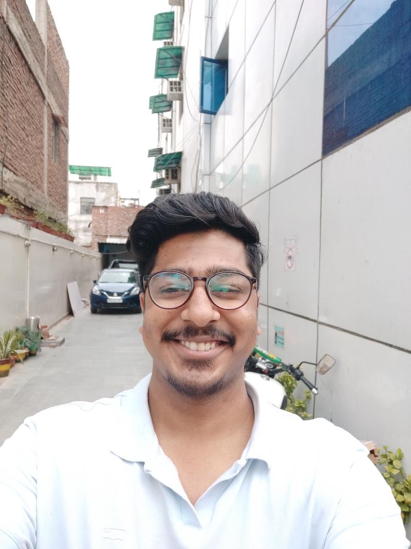 Mi 8 SE Selfie shooter00001