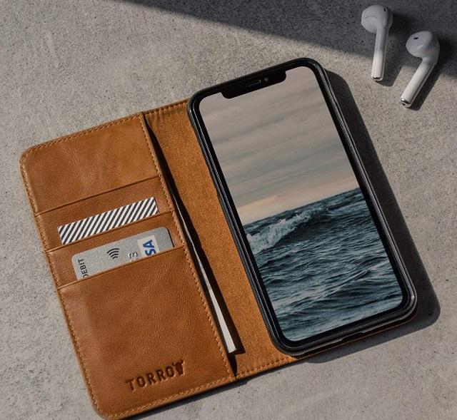 Чехол-кошелек Torro для iPhone 11