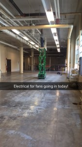 Electrical lift in warehouse space