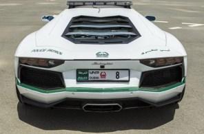 Dubai-Polices-Lamborghini-Aventador-4