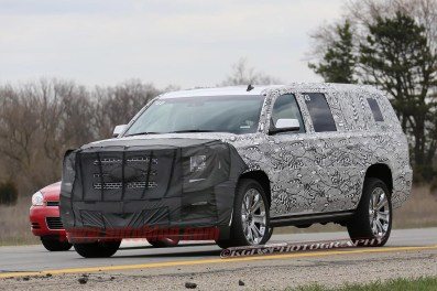 003-gmc-yukon-spy-shots