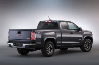 http---image.motortrend.com-f-roadtests-trucks-1401_2015_gmc_canyon_first_look-64739398-2015-GMC-Canyonrear-view