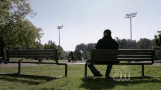 Và nhìn xem, trông Dean cô độc biết bao khi Cas rời đi...
