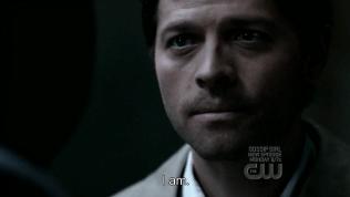 """""""Tôi không sợ."""" Và sau đó, Cas tấn công Uriel. Anh đương nhiên không thể phản bội lại Dean."""