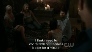 """Cas lập tức cảm nhận được từ trường của Dean, quay sang nhìn, rồi nói với các em: """"Tôi nghĩ là tôi cần hội họp với thủ lĩnh can trường của chúng ta một chút."""""""