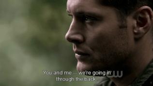 """""""Cậu và tôi -- chúng ta sẽ đi cửa sau."""""""