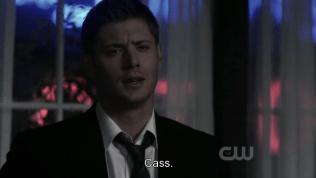 Dean nghe thế thì không hiểu.