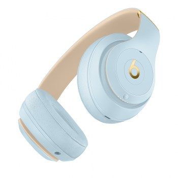 Beats Studio3 Wireless headphones (crystal blue)