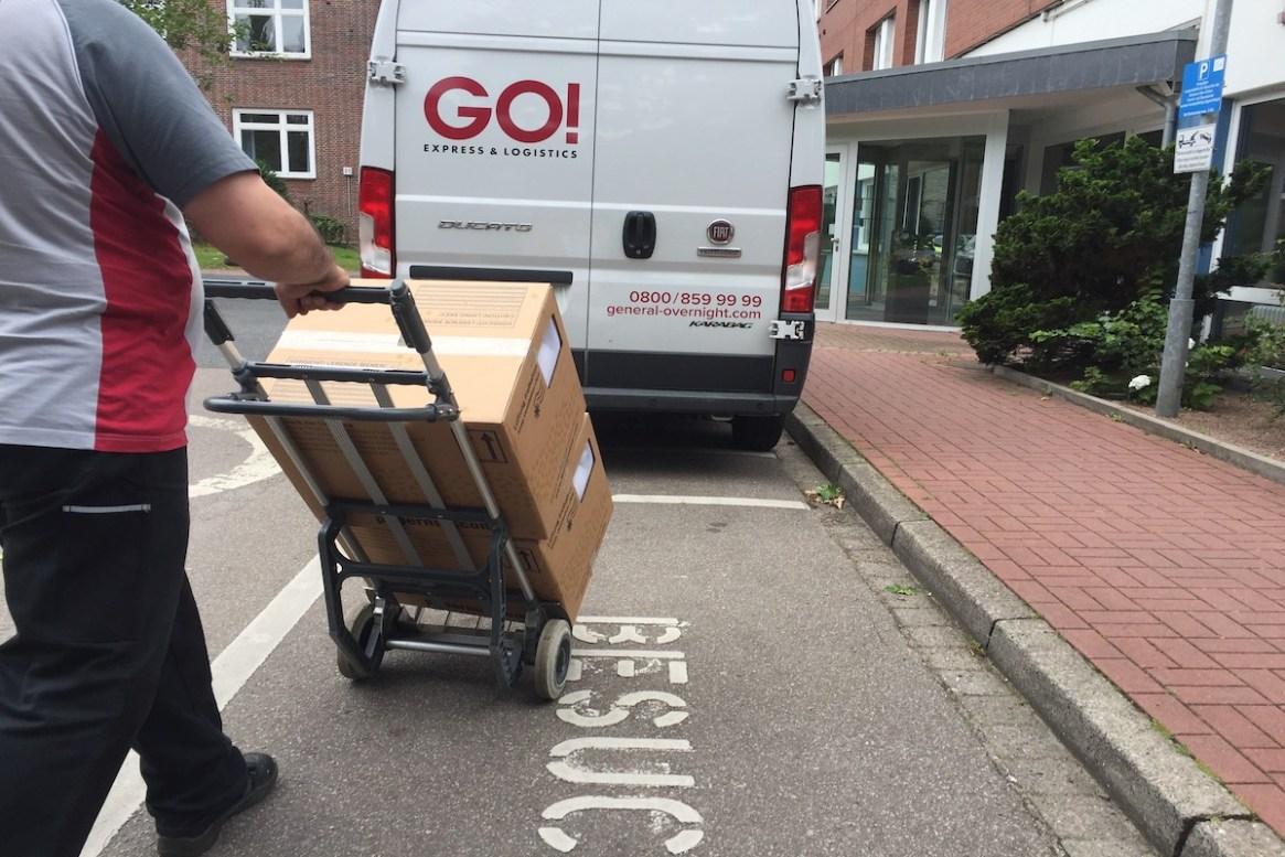Bienen werden mit über Go! Logistics versendet