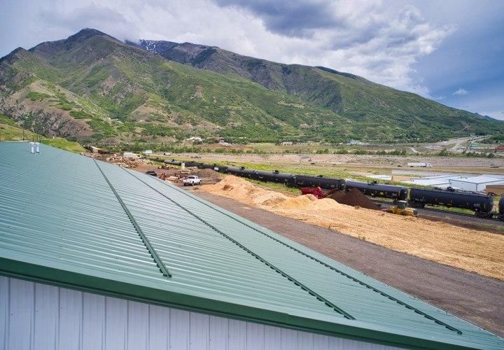 Pole barn metal roof snow stops - Beehive Buildings