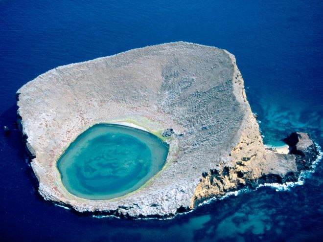 Galápagos Lagoon by Bobby Haas