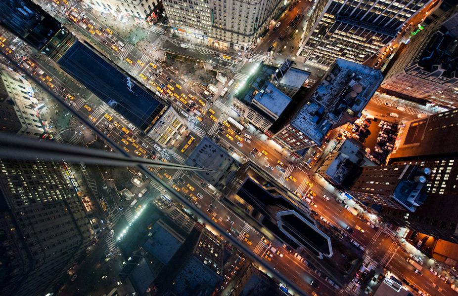 Intersection | NYC ©Navid Baraty