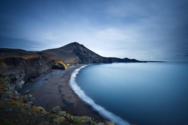 Water on the moon, Reykjanes Peninsula ©Jerome Berbigier