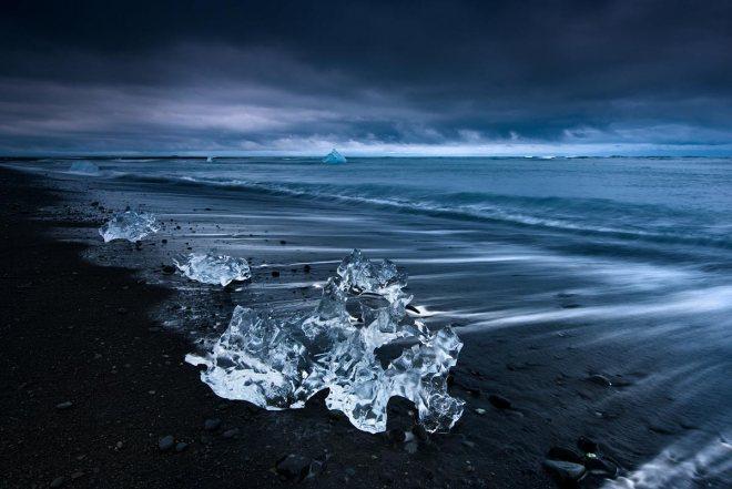 Blue Storm, Jokulsarlon ©Jerome Berbigier