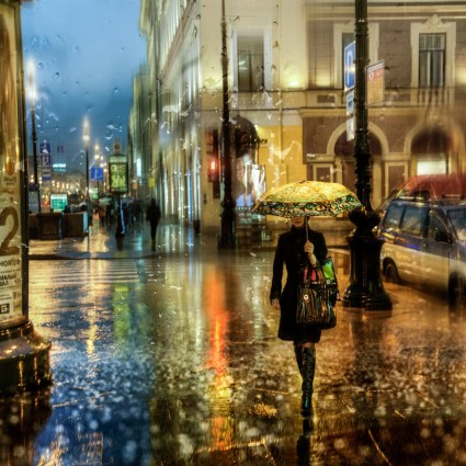 Saint Petersbourg Under The Rain by Ed Gordeev