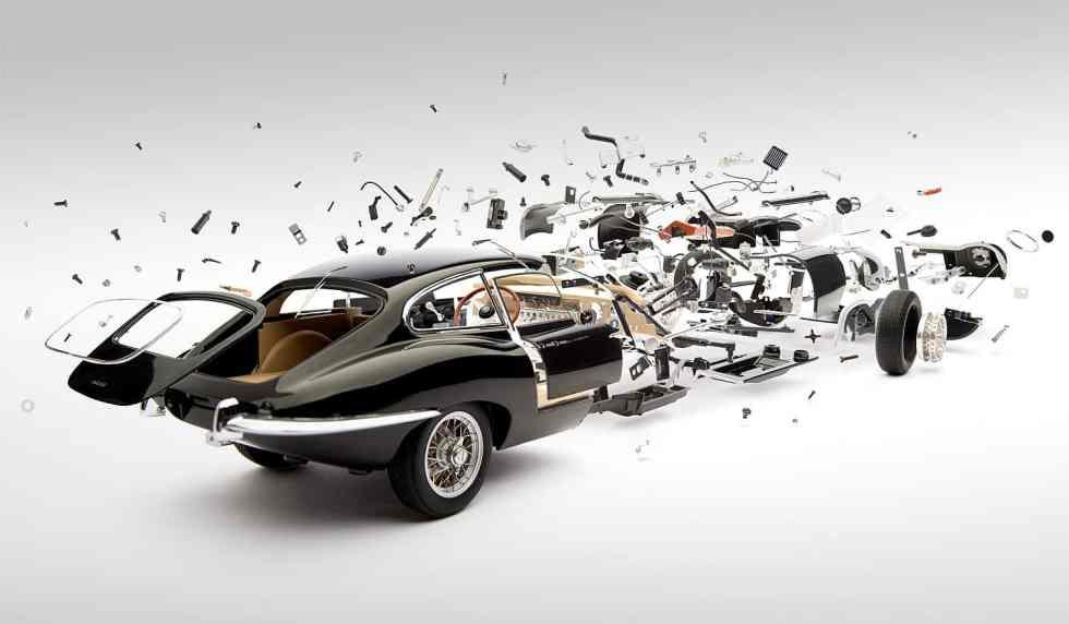 Jaguar Type E/ Disintegrating ©Fabian Oefner
