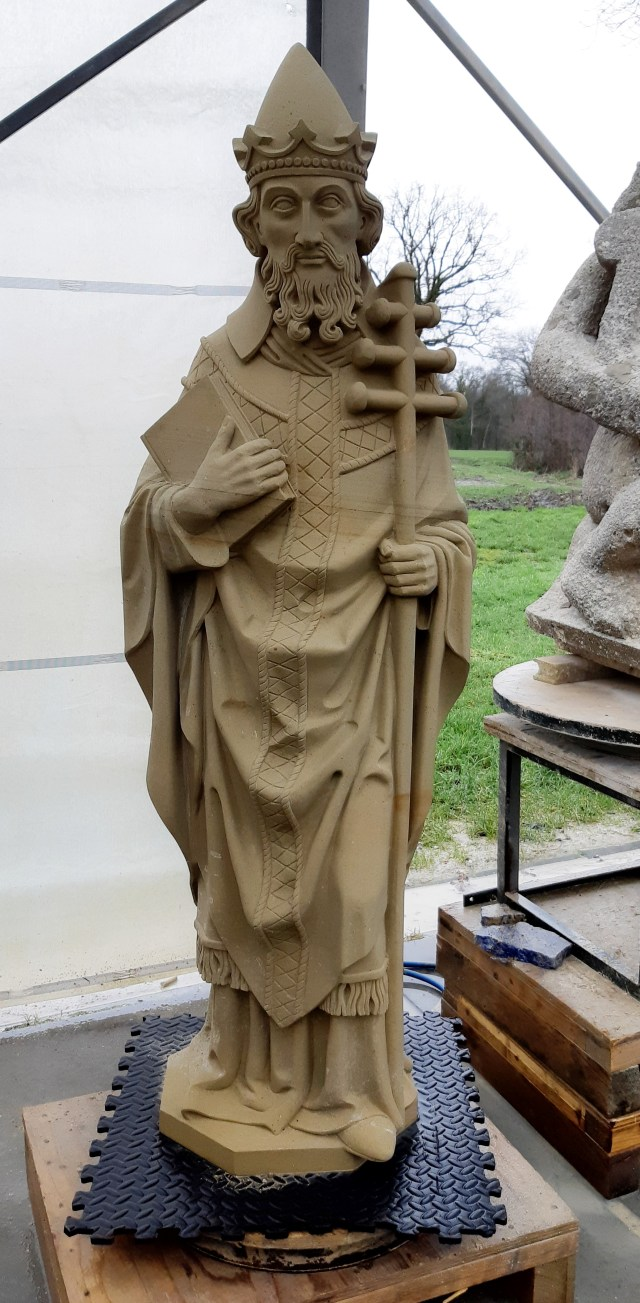 Sculpture of Pope Leo the Great, carved out of two parts Udelfanger sandstone, completed