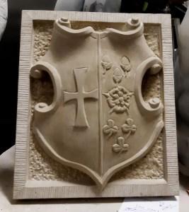 kleine wapensteen in Udelfanger zandsteen-voltooid