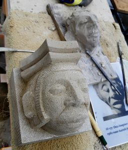 a simple head in Udelfanger sandstone for Eusebiuskerk. Annual Review 2019
