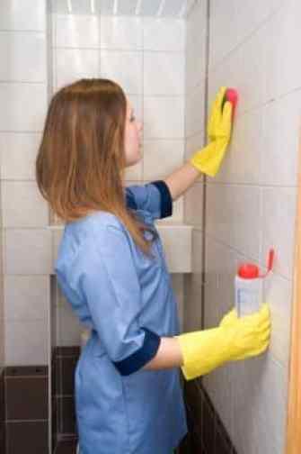 ทำความสะอาดห้องน้ำง่ายๆ พิชิตคราบสกปรกด้วยเคล็ดลับใกล้ตัว 2