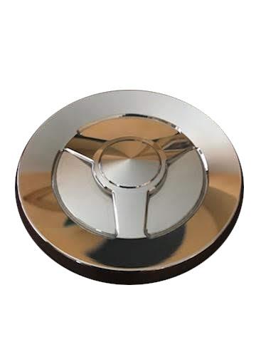 Tail gate emblem