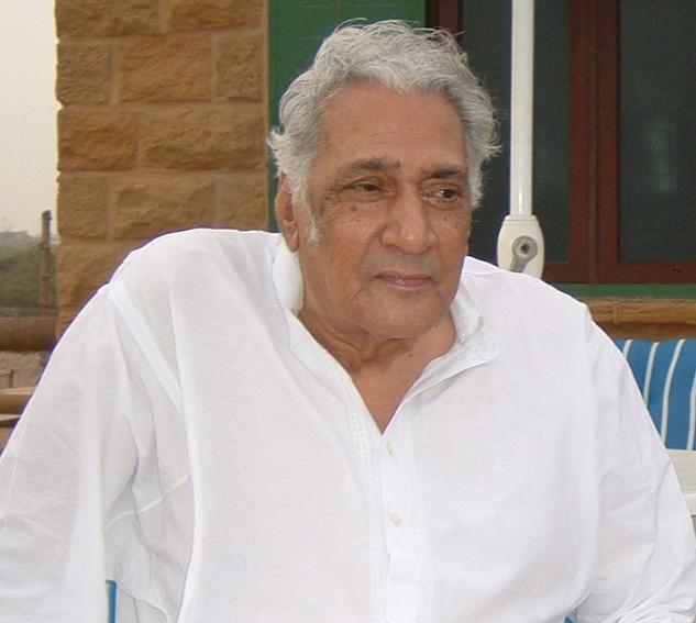 Dr Sarwar, Karachi, 2004