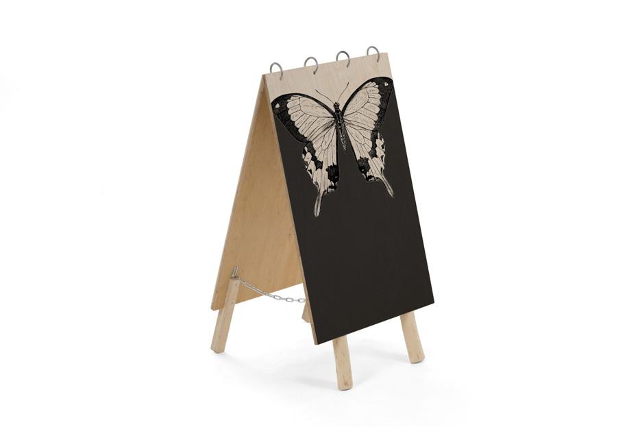 vlinder, Uitvaart bord, uitvaart benodigdheden uitvaartonderneming, schoolbord krijt, Beerenberg