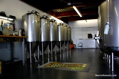 Stewbum & Stonewall Brewing Company Hawaii tanks