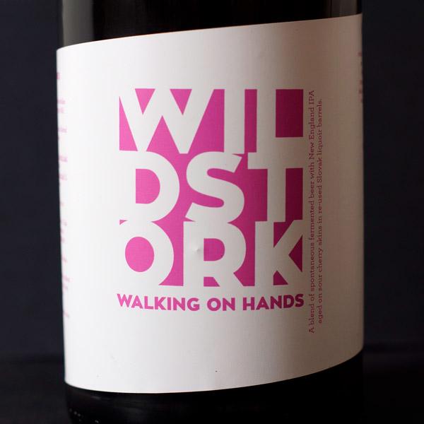 Walking on Hands; Hellstork; Wildstork; Beer Store; Barrel Aged; Beer Station; živé pivo; remeselné pivo; remeselný pivovar; remeselné pivo; spontánne kvasené pivo
