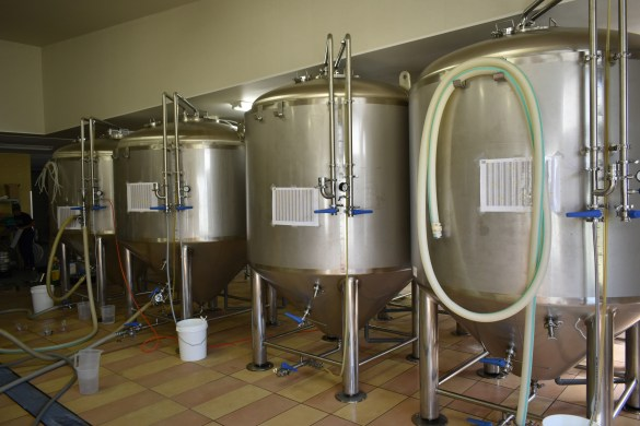 Far Yeast Brewing Inside 3・ファーイーストブルーイング中内3