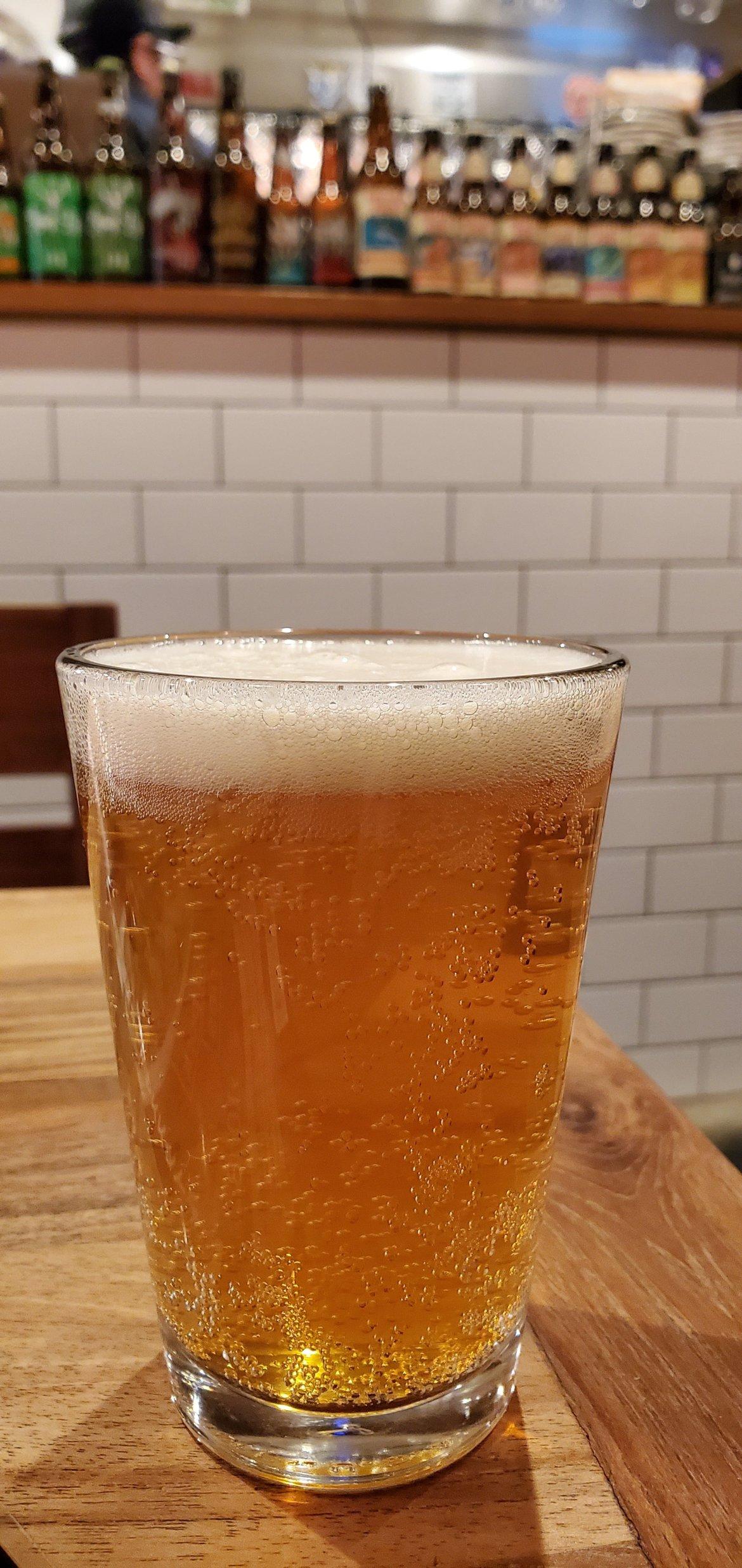 Cruz Burgers & Craft Beer Beer 2・クルズバーガーズ アンド クラフトビアビール2