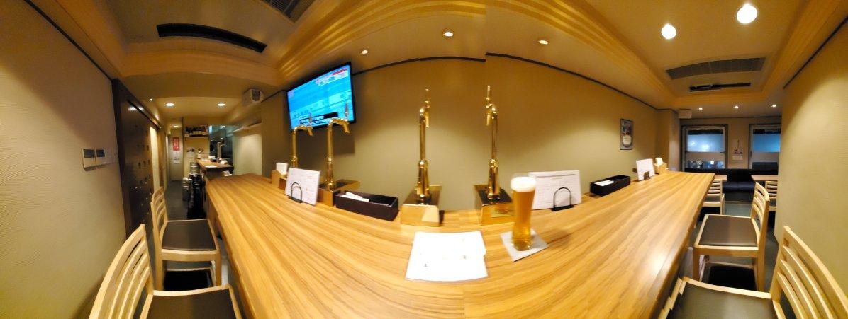 Beer Bar Jan Inside・ビールバーJAN店内