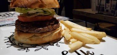 Folk Burger and Beer Food 1・フォークバーガーズアンドビアーズフード1