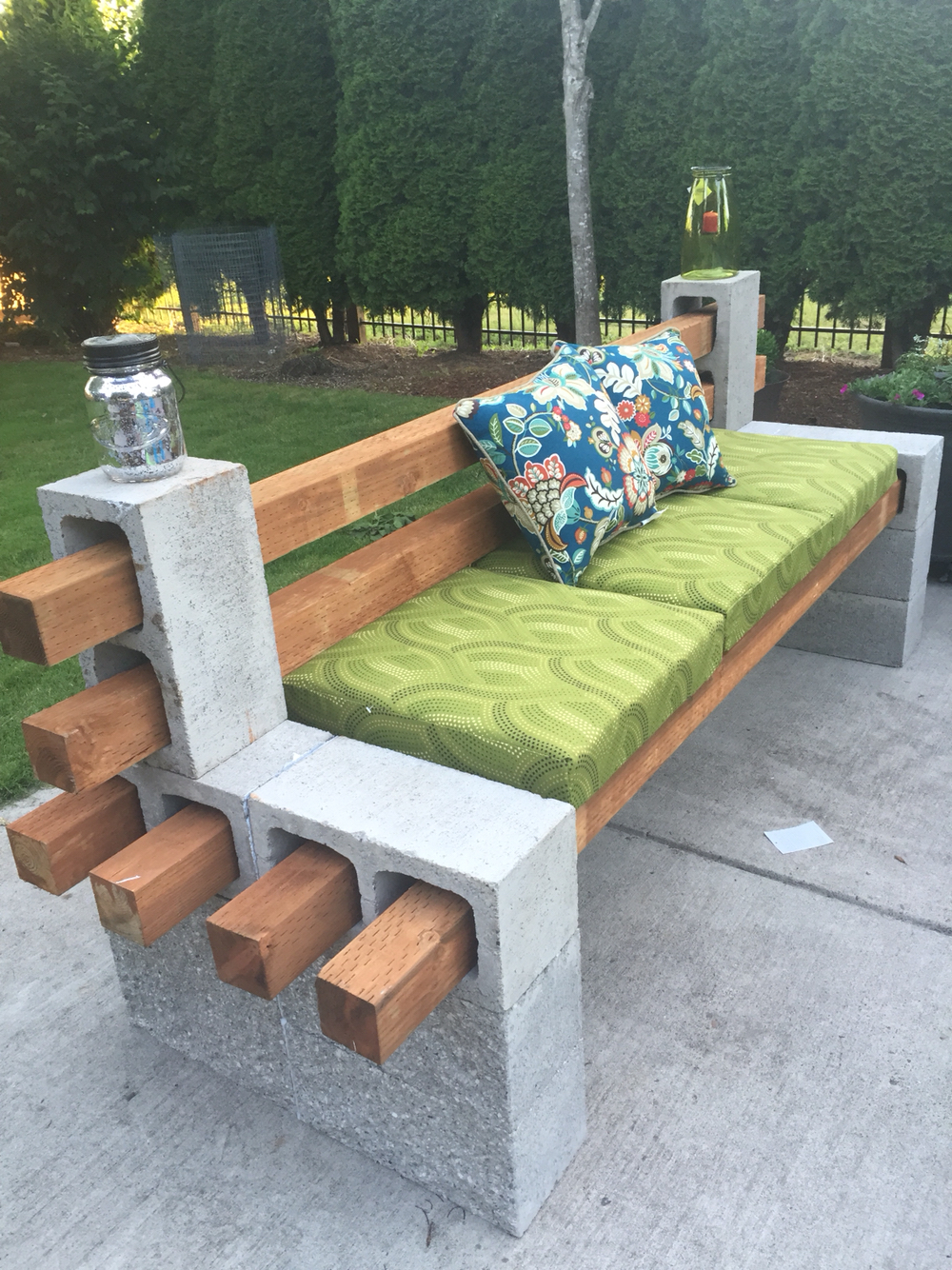 13 DIY Patio Furniture Ideas that Are Simple and Cheap ... on Diy Garden Patio Ideas id=38083