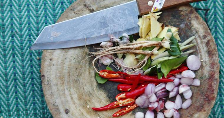 COOKING A THAI SEAFOOD FEAST WITH KHAO KOR LOCALS