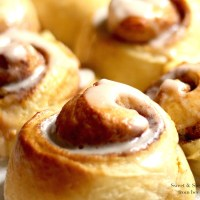 Sweet & Simple Cinnamon Rolls