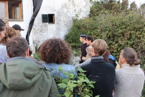 Tyler Lewis presents his project and installation at the mill Miraflores
